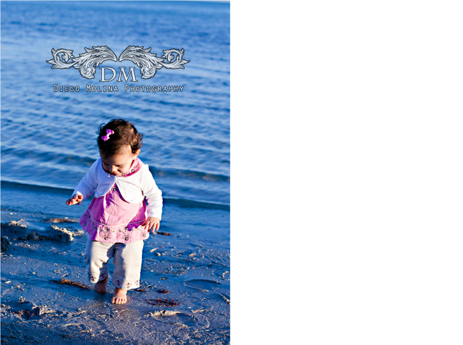 child photography at the beach