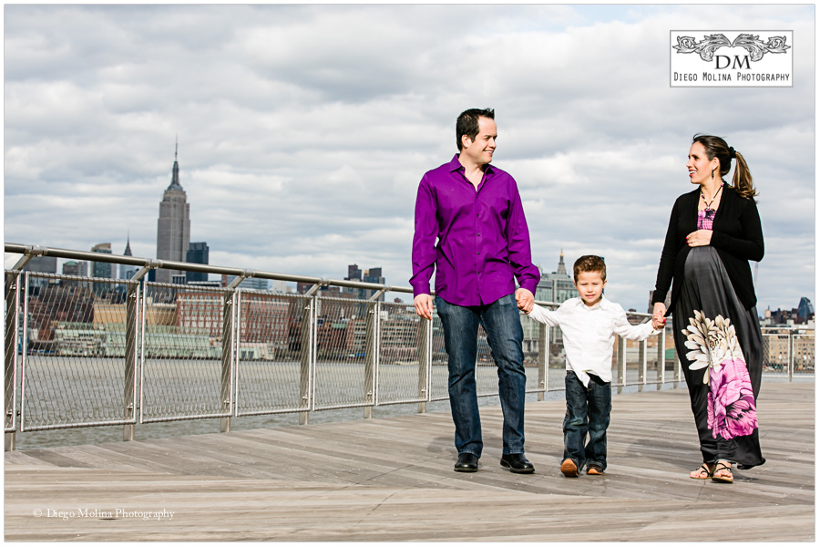 maternity and family photography nyc skyline