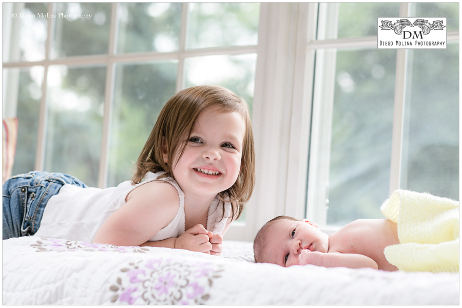 recent newborn session with big sister in upper saddle river nj